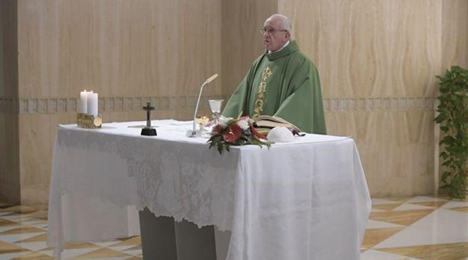 .Papa Francisco: O cristão não consulta horóscopos, vive a vontade de Deus.