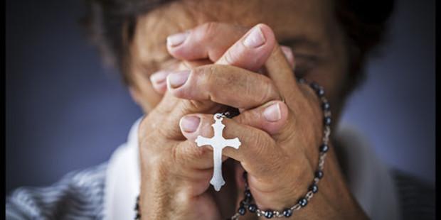 .Os 25 segredos da luta espiritual que Jesus revelou a Santa Faustina  .