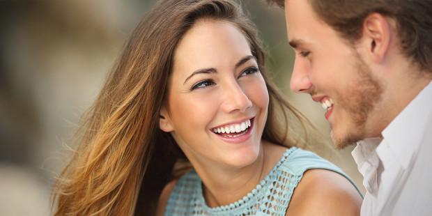 .Casais que cultivam práticas religiosas são mais felizes, diz pesquisa   .